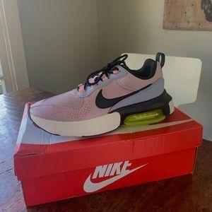 Nike Shoes - Nike Airmax VERONA GUAVA 8.5